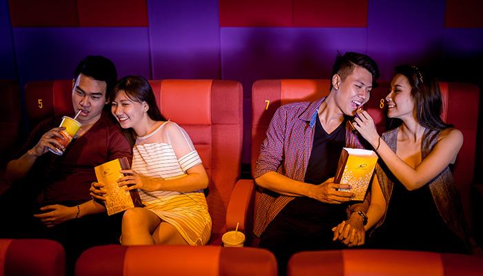 Ghế đôi ngọt ngào tại Lotte Cinema