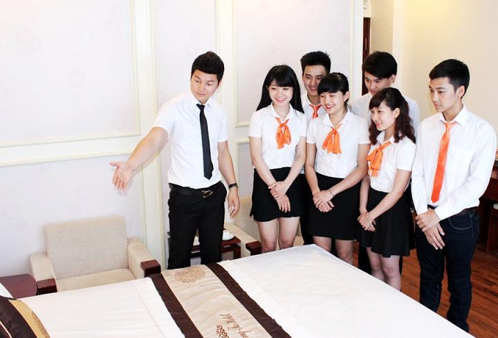 Ngành quản trị khách sạn lấy bao nhiêu điểm?