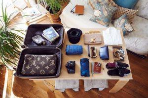 Những hành lý được mang lên máy bay